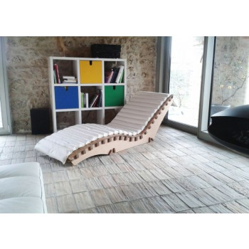 SCLBOU CHAISE LOUNGUE OF ECOLOGICAL DESIGN IN ECO-SUSTAINABLE CARDBOARD